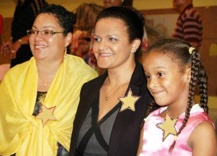'Stars' at Sunrise Christmas Concert