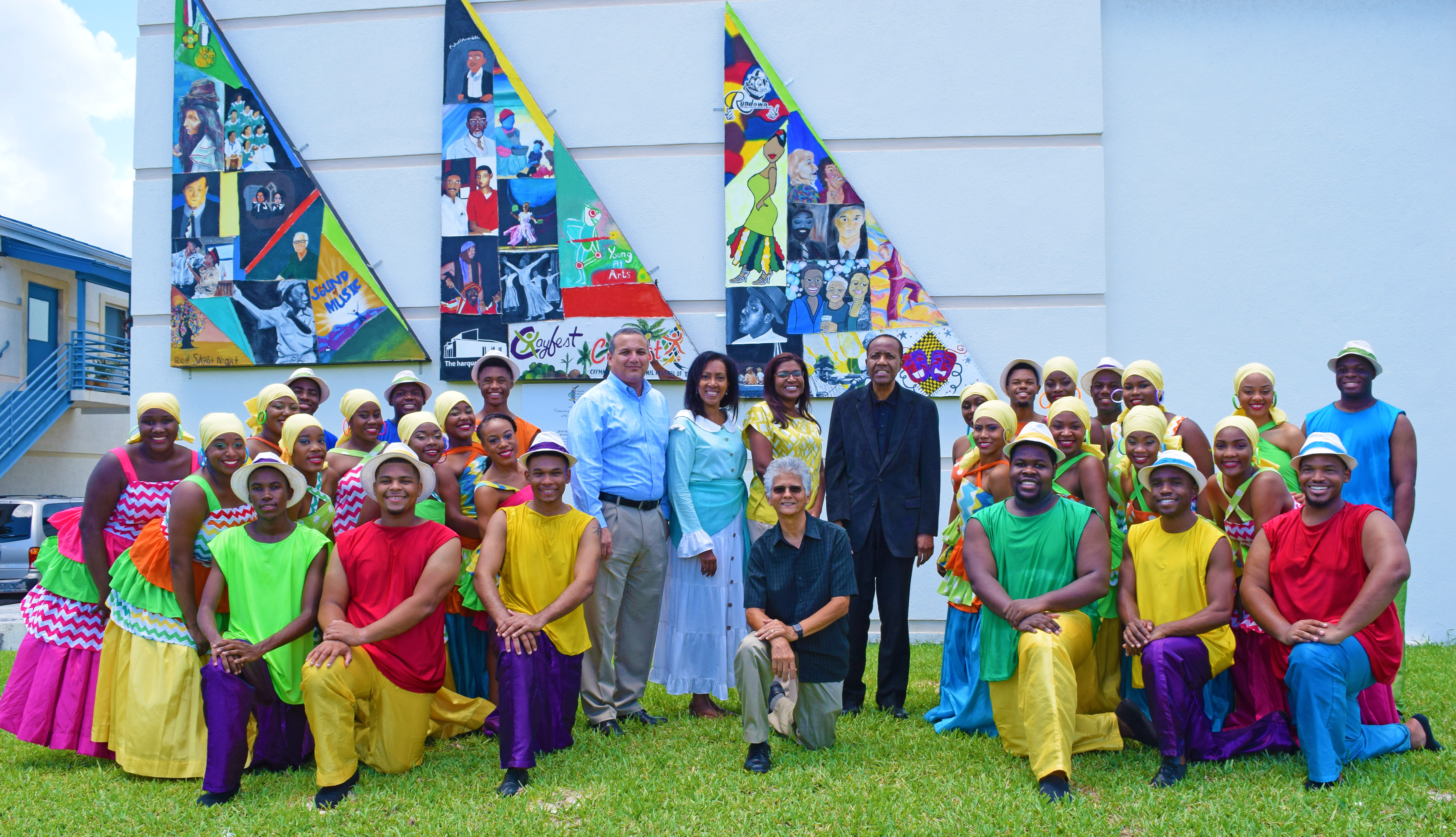 5.	The Bahamas National Youth Choir with Deputy Governor Franz Manderson, CNCF Managing Director Marcia Muttoo, Chief Officer Gloria McField-Nixon, Bahamas Youth Choir Founder/Artistic Director Cleophas R.E. Adderley, and CNCF Artistic Director Henry Muttoo.