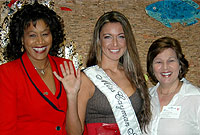 Miss Cayman Islands Rebecca Parchment, with (L-R) Cayman Airways' Customer Service Manager Patsy Cotterell, and Miss Cayman Committee member Heather Bodden.
